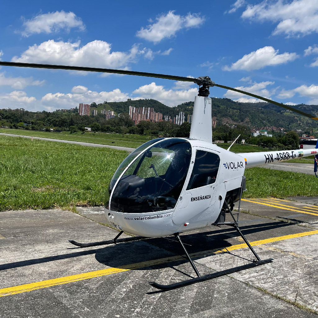 Volar-academia-helicopteros_0000_IMG_7227