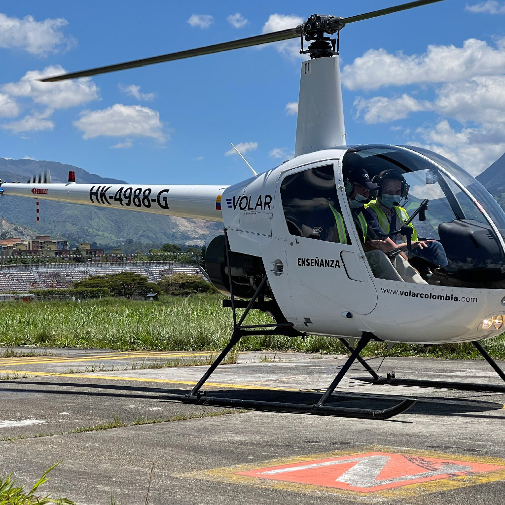 Volar-academia-helicopteros_0003_IMG_7217