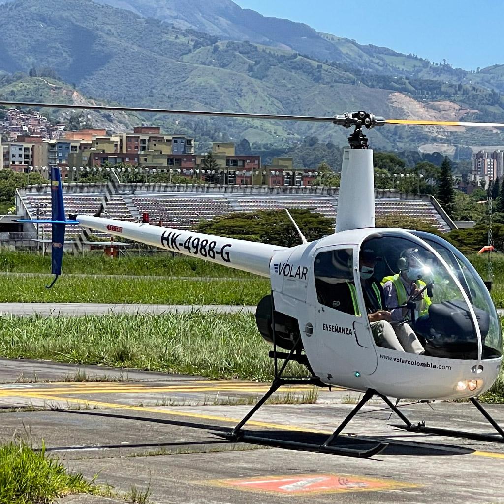 Volar-academia-helicopteros_0005_IMG_7214
