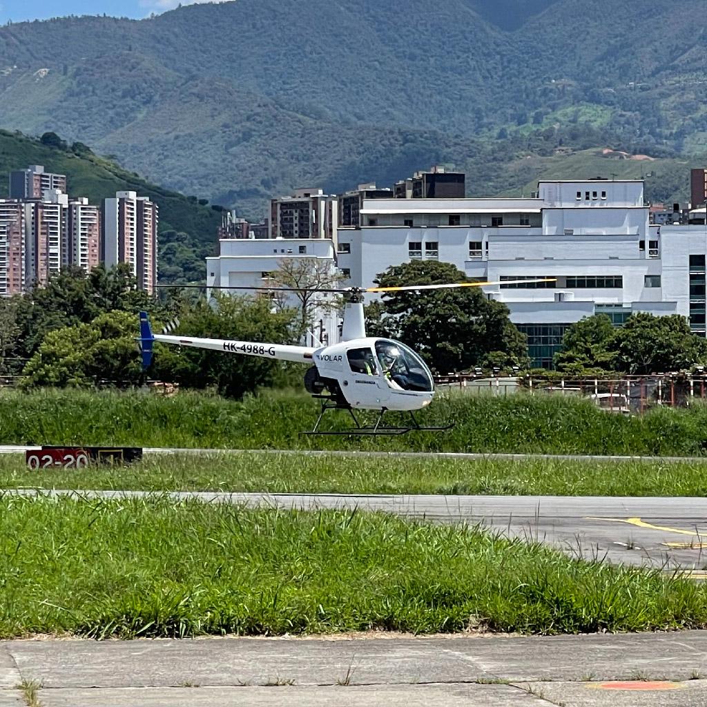 Volar-academia-helicopteros_0008_IMG_7211