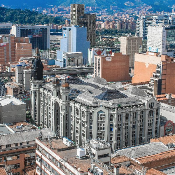 Tour-Medellin-1_0001_national-palace-colombia