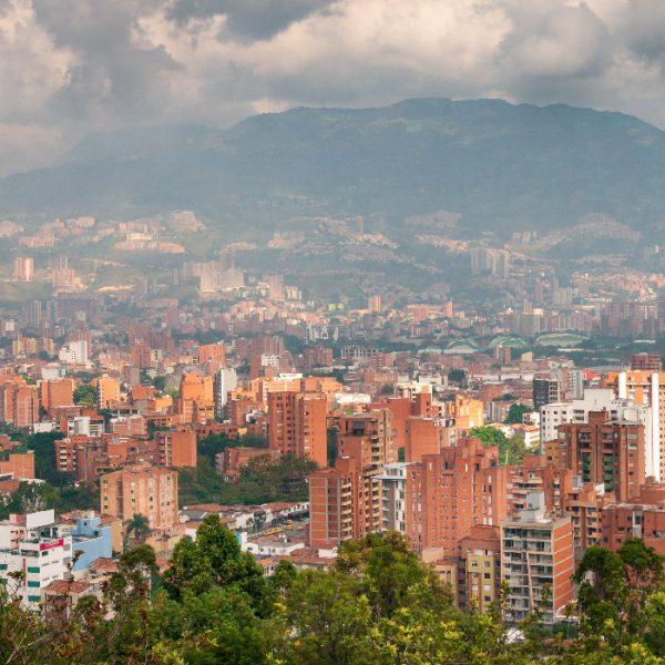 Tour-Medellin-1_0002_cityscape-medellin-colombia