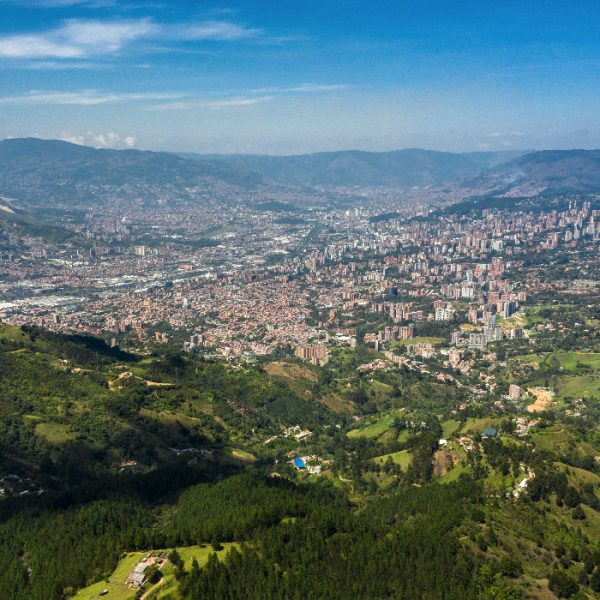 Tour-Medellin-1_0003_aerial-panoramic-view-city-medellin-antioquia-colombia